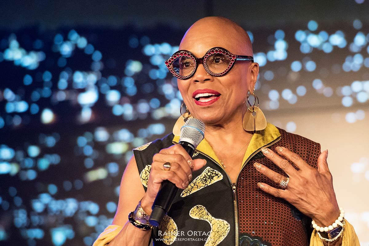 German Jazz Trophy für Dee Dee Bridgewater